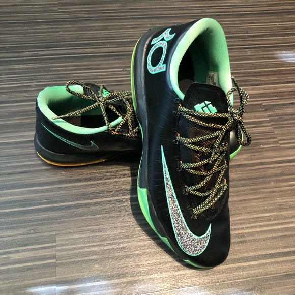 29acd3543104 Nike Kevin Durant 6 (Black   Green). M 5bf855da45c8b3e96fda722f